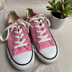 Converse Chuck Taylor Pink Sneakers M4 W6